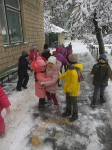 A sosit iarna, bucurie mare pentru copiii de la grădinița nr. 59