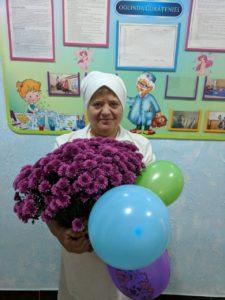 La mulți ani, dna Liuba Onofriciuc