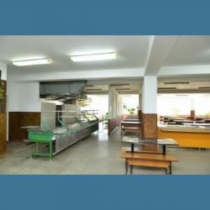 Primarul general a solicitat responsabilizarea managerilor școlari pentru buna desfășurare a lucrărilor de reparație în instituții